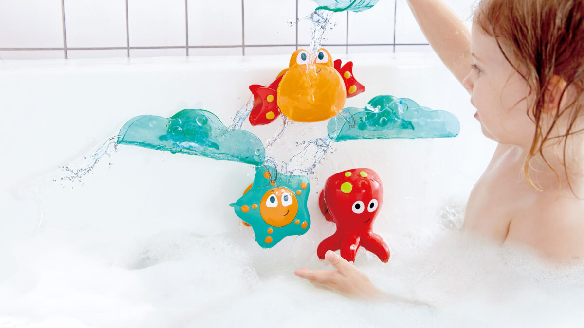 Hape Bath Cascade: adding some fun to the kids' bath time