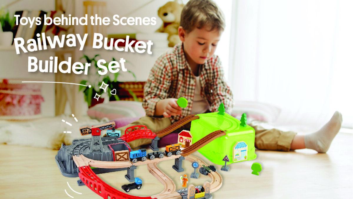 Toys behind the Scenes: Railway Bucket Builder Set